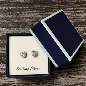 Jewelry - Heart Earrings (never worn!)